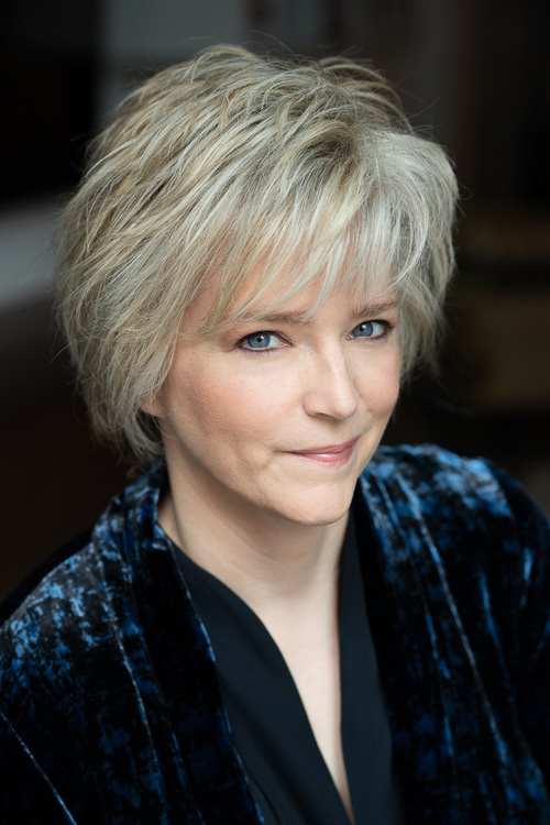 Photo of Karin Slaughter by Alison Rosa